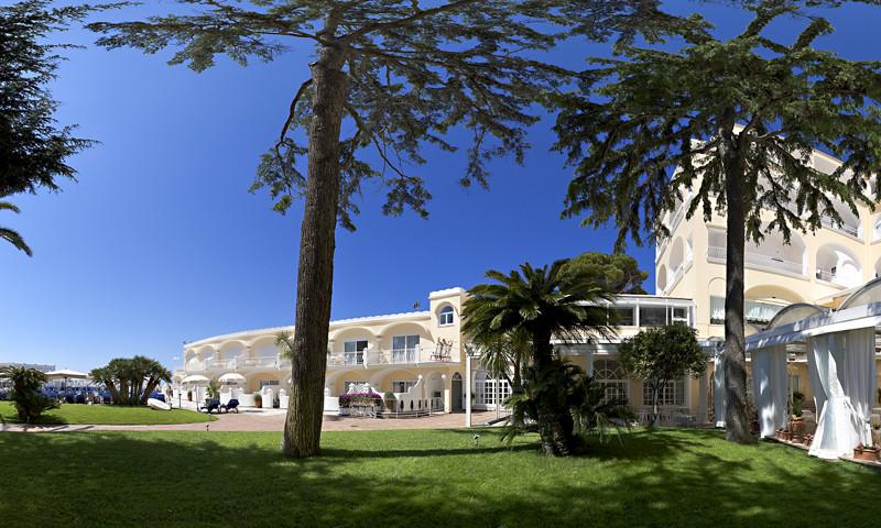 Grand Hotel Quisisana 5*****- Capri