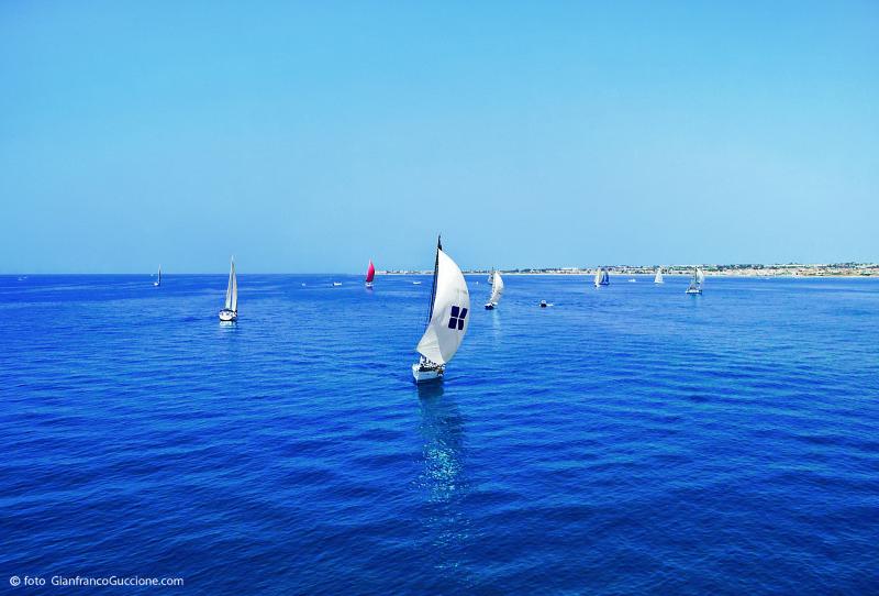Regata Barche a Vela – Marina di Ragusa – fotografata con drone