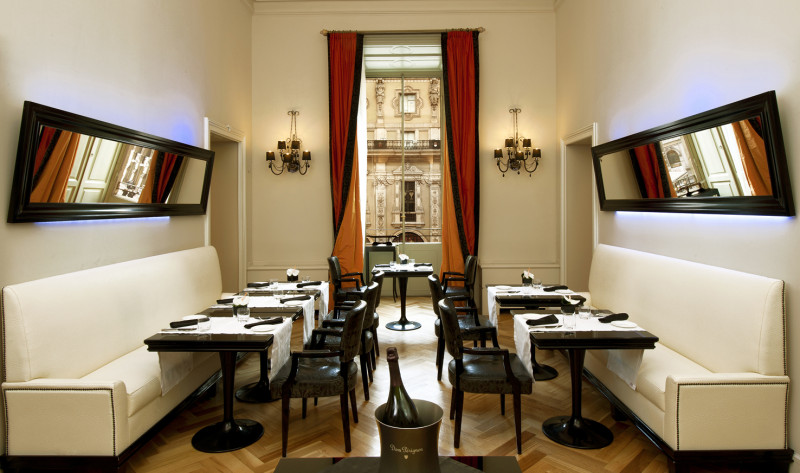 Hotel Seven Stars 7******* Ristorante – Galleria Vittorio Emanuele II – Milano