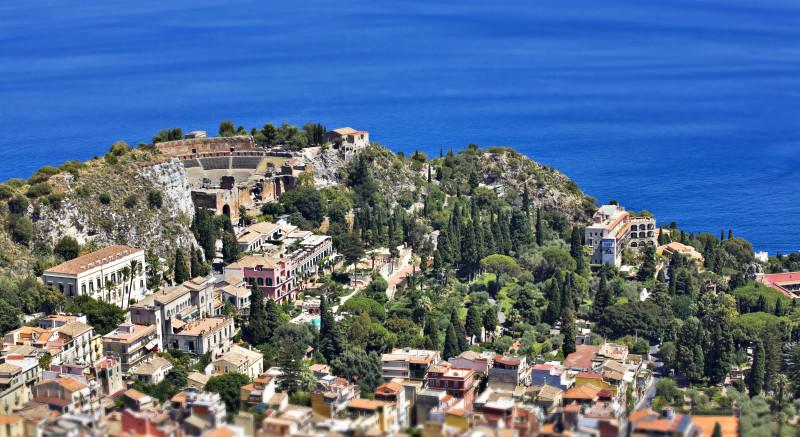 Taormina – veduta aerea – fotografata con drone