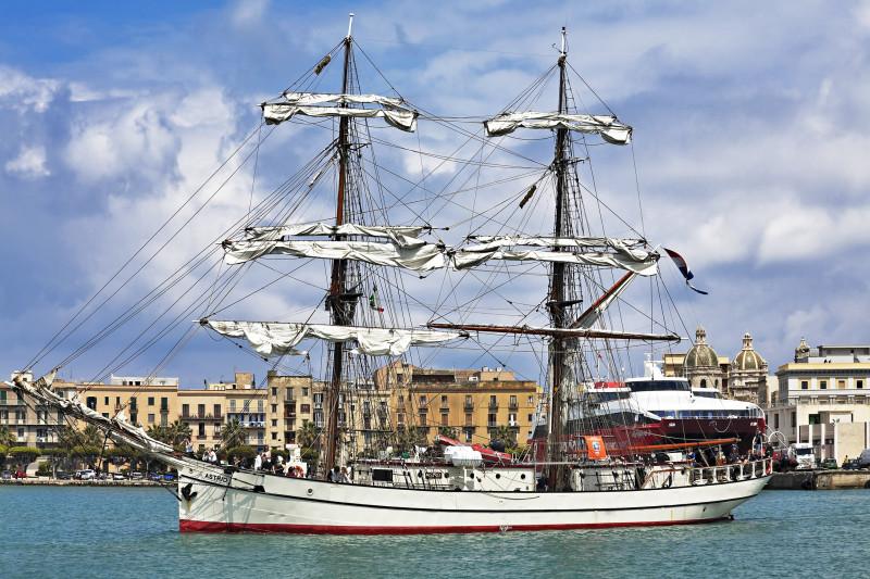 Garibaldi Tall Ships Regatta – celebrando l'impresa dei Mille da Genova a Trapani – fotografo ufficiale evento 2010